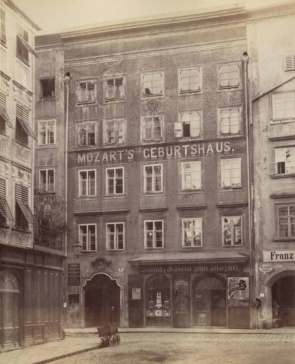 Ur album: Utländska Resan 1900 I. Mozartz födelsehus i Salzburg.