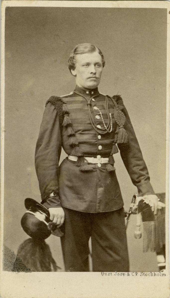 Porträtt av Anders Ludvig Andersson, löjtnant vid Värmlands fältjägarregemente. Se även bild AMA.0006810.