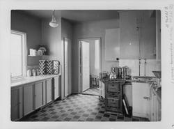 Bygg-och Bo-utställningen i Äppelviken hus n:r 15. Kök.