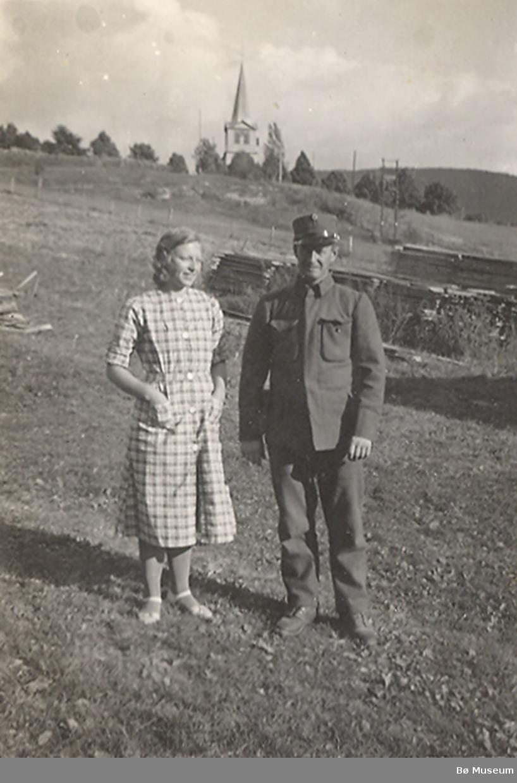 Serie på 6 bilde i samband med nøytralitetsvakt i Nes kyrkje 1939