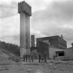 Sprängning av syratornet vid Nyhamns fabrik.