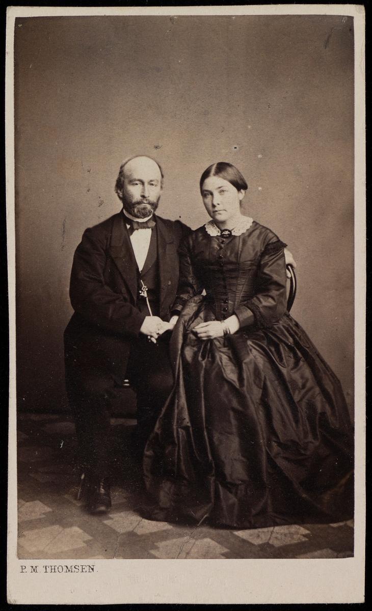Portrett av Haaken Christian Mathiesen og Louise Julie Jeanette Larpent.