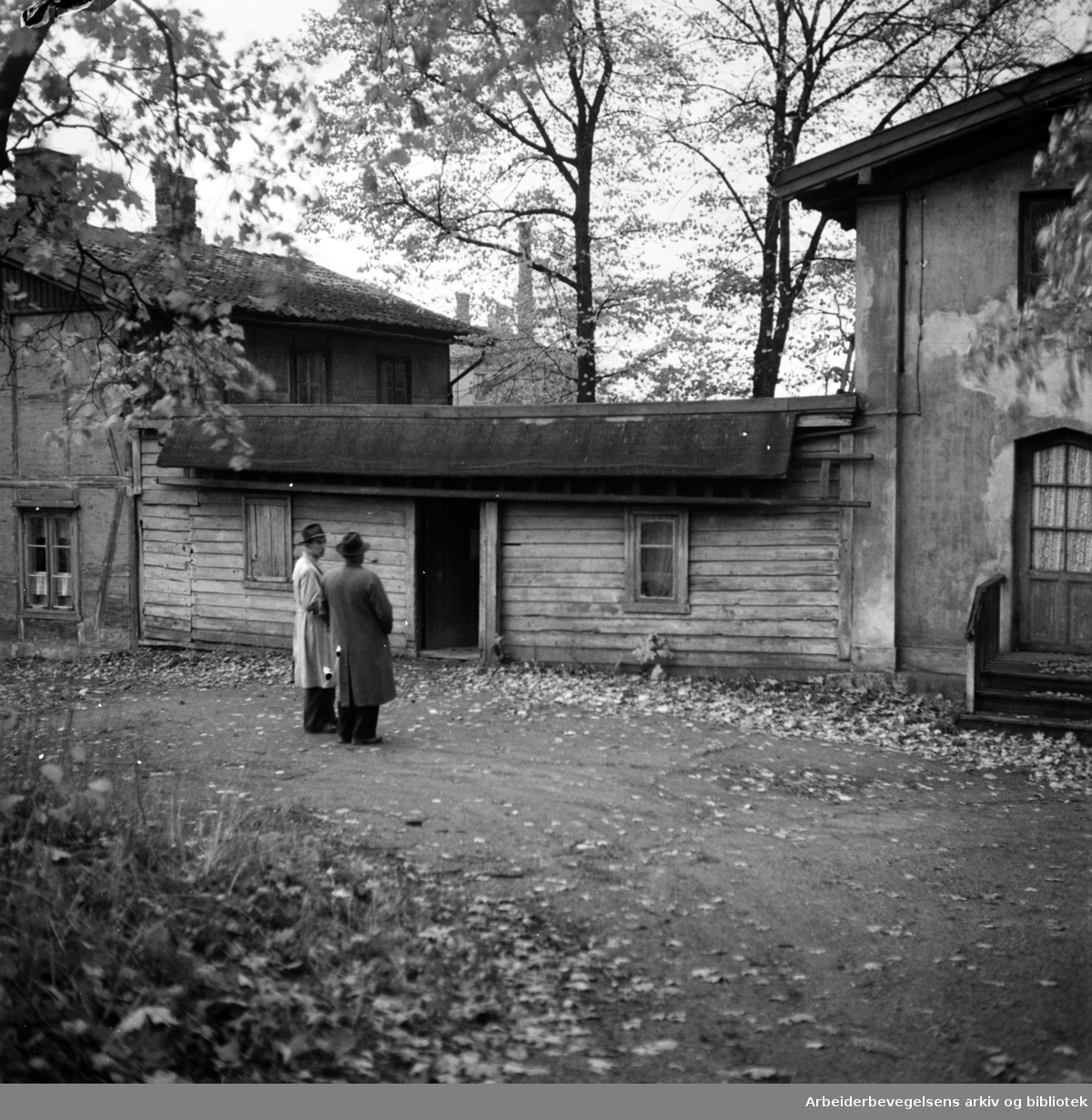 Heibergløkken. Bygget for professor Chr. Heiberg i slutten av 1840-årene. Oktober 1949.