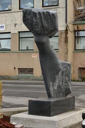 "Skulptur ""Is"" fra Versum Origo serie."