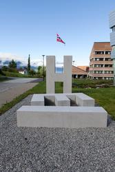 HEI [Skulptur]