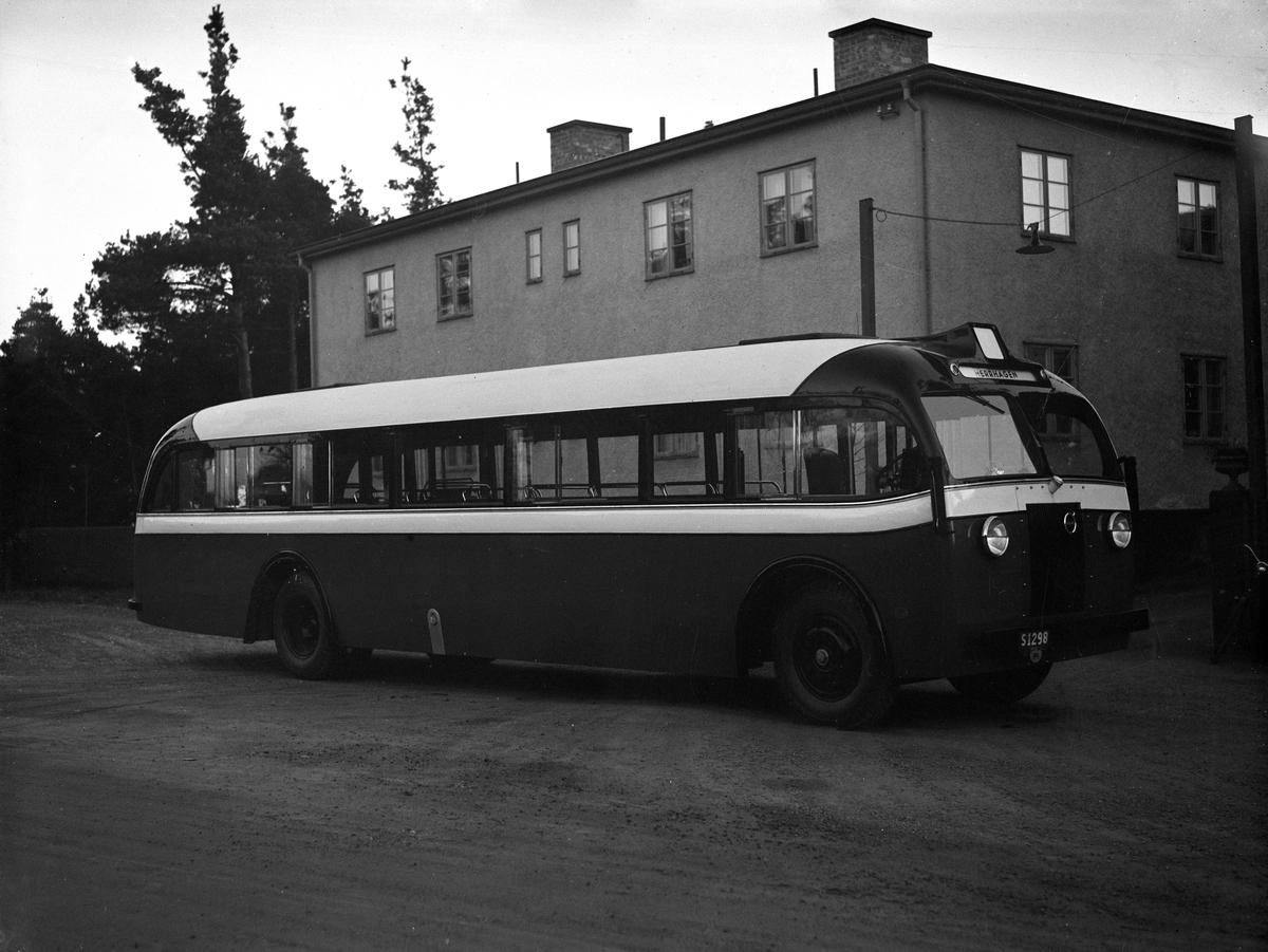 Ny buss köps in 1938 för turen till Herrhagen.