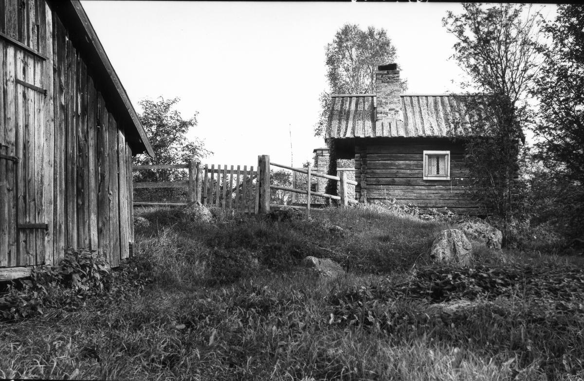 Slättans fäbod i Valbo socken. Kan vara del av Bäcks fäbodar några hundra meter ifrån Slättan.