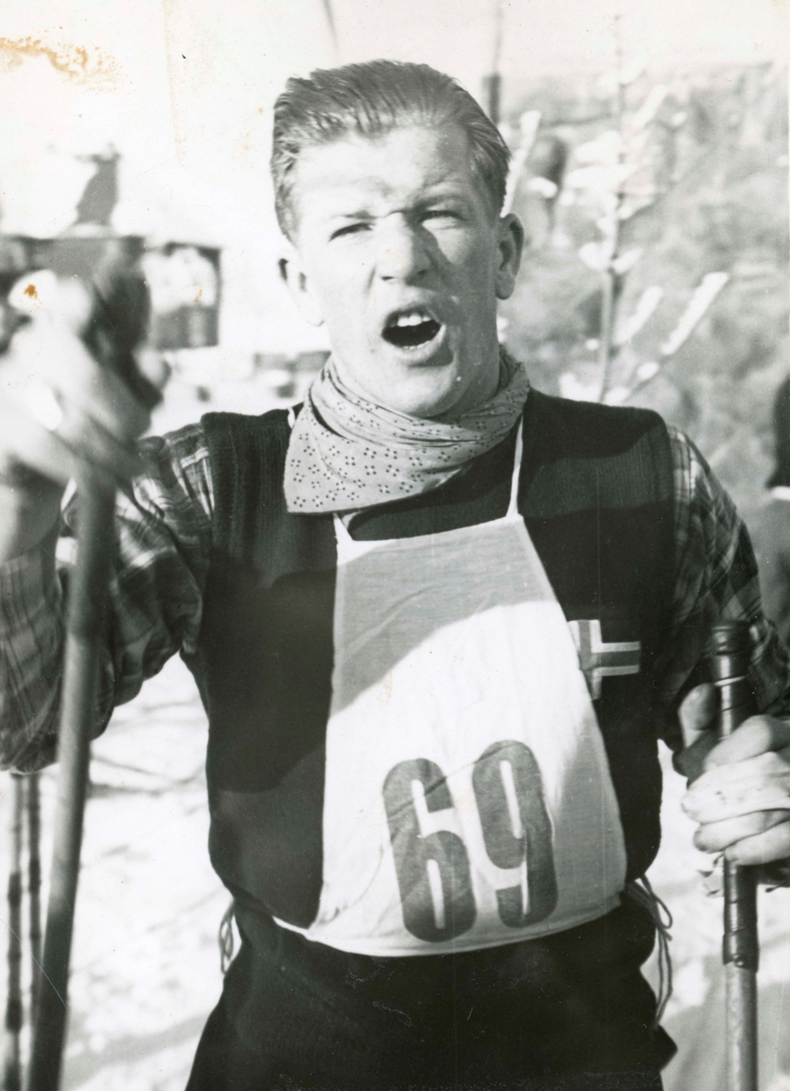 Athlete Birger Ruud after cross-country skiing