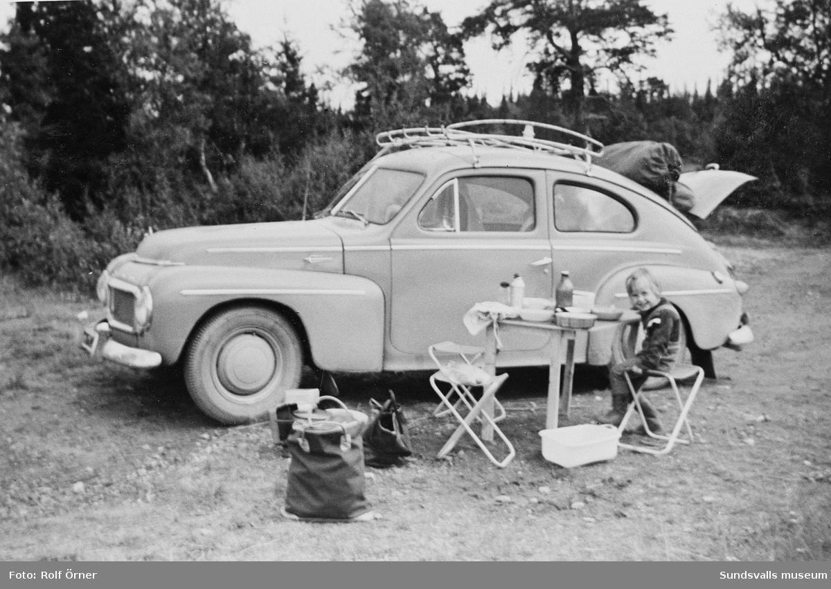 Med Volvo PV på fjällsemester.