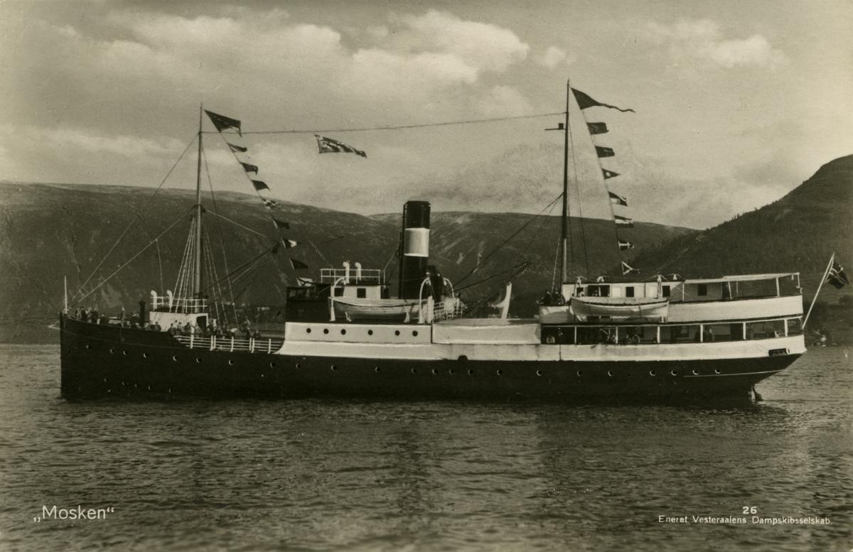 D/S 'Mosken' (b.1924) (Trosvik mek. værksted, Brevik), sommeren 1930.