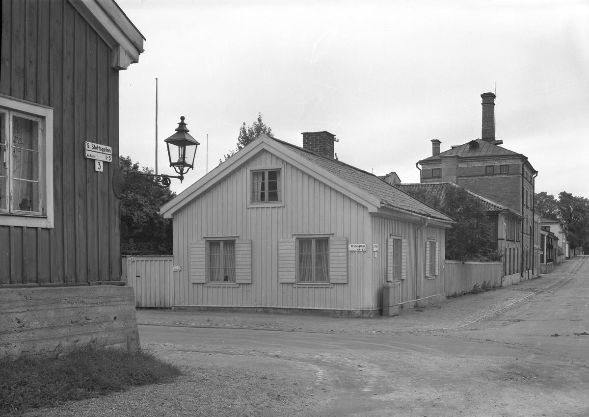 Södra Slottsgatan och Brunnsgatan i Gävle.
