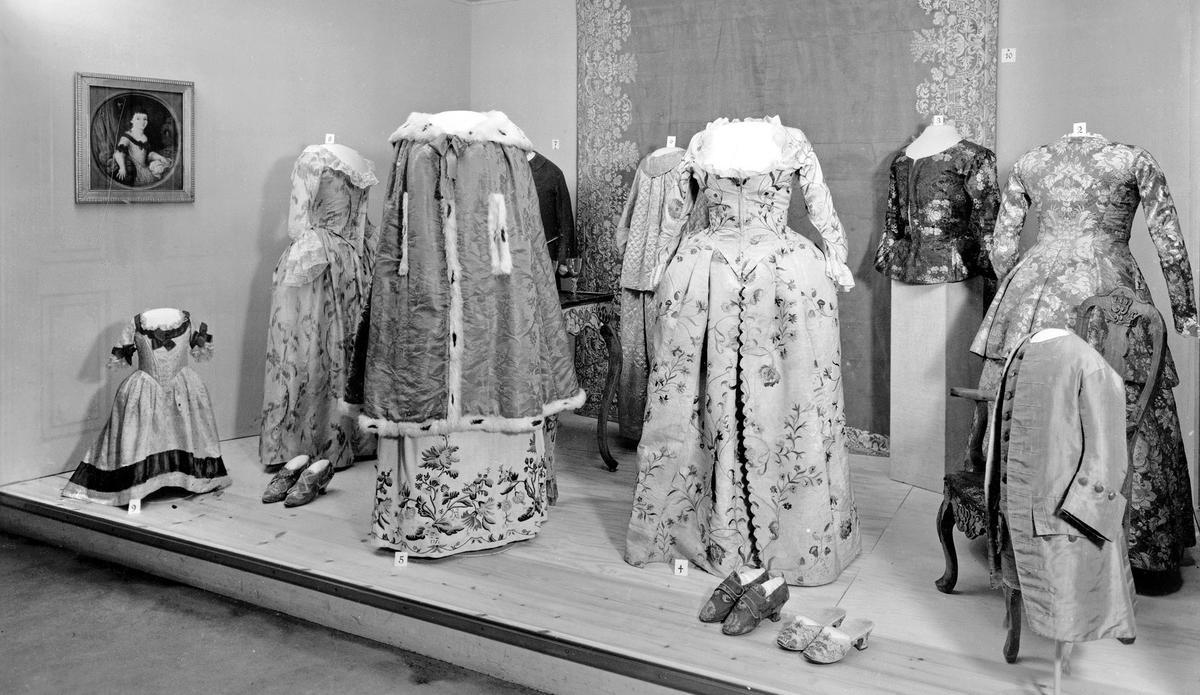 Utstilling i bysamlingen på Norsk Folkemuseum 1952