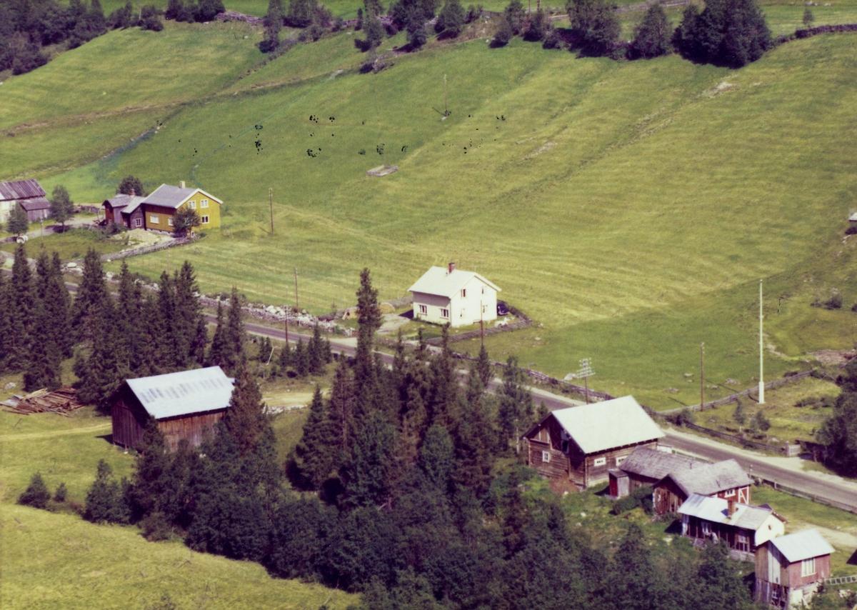 Vollheim, gamle tømmerbygninger, bolighus, Svatsum, Gausdal