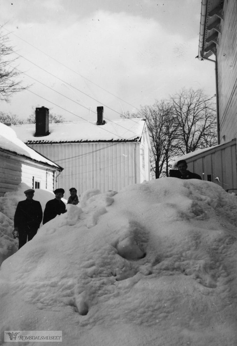"""""""Snøvinteren 1940""""."""