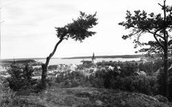 Utsikt från Erik-Lars-berget, Hudiksvall. Foto 1936.