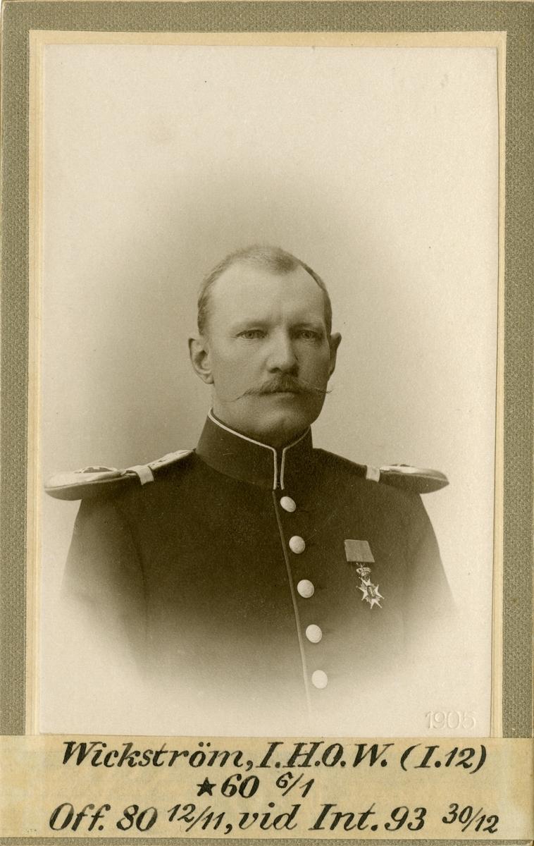 Porträtt av Ivar Henrik Oscar Walfrid Wickström, officer vid Jönköpings regemente I 12 och Intendenturkåren. Se även AMA.0009283.