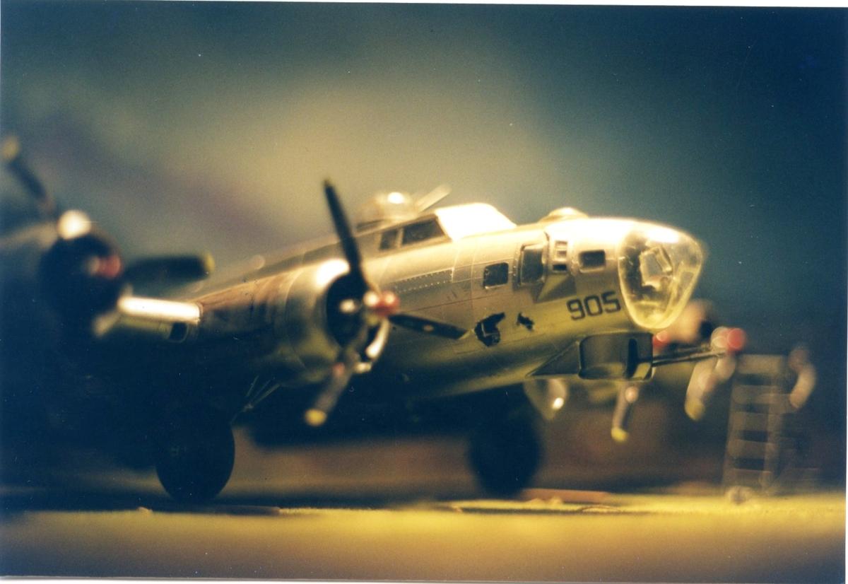 Försvarshistoriska muséet, Jkpg. B17, Flygande fästning. Modellplan
