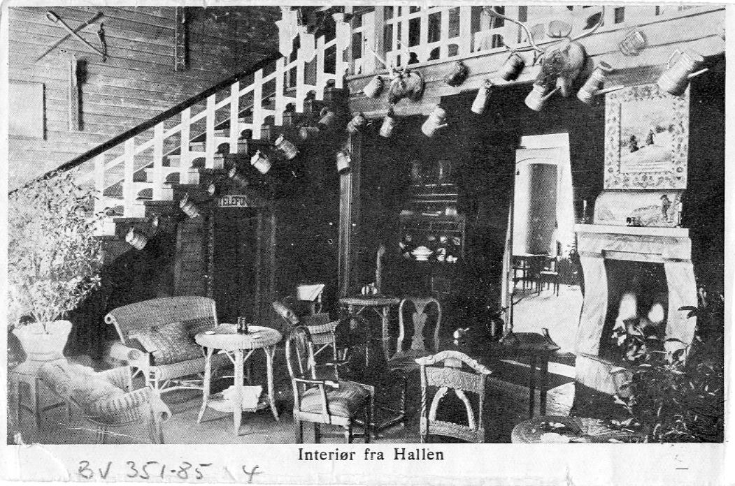 Tonsåsen sanatorium, Etnedal i Valdres. 7 foto som er tatt både inne og ute.