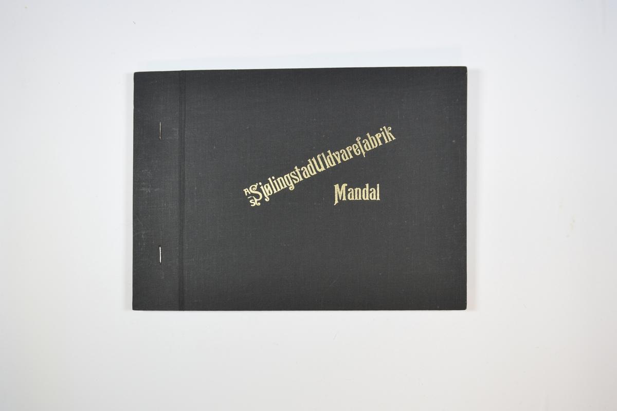 Rektangulær prøvebok med tre stoffprøver og harde permer. Permene er laget av hard kartong og er trukket med sort tynn tekstil. Boken inneholder relativt tykke ensfargede eller melerte stoff. Tovet/valket: vadmel. Ukjent bindingstype. Stoffene ligger brettet dobbelt i boken slik at vranga dekkes. Stoffene er merket med en firkantet papirlapp, festet til stoffet med metallstifter, hvor nummer er påført for hånd.   Stoff nr.: 2300/1, 2300/2, 2300/3.