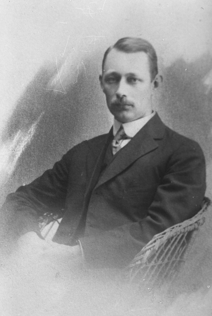 Kopia. Ingenjör Petter Johan Andrén. Levde mellan åren 1860-1929. Gift med Alma Matilda Dahlberg som levde mellan åren 1861-1951.