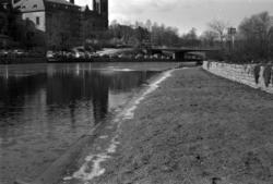 Vårflod med högt vattenstånd i Selångersån. Bilder från  omr