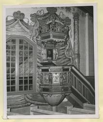 Predikstolen i Frödinge kyrka.