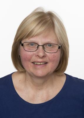 Museumskonsulent, tekstil, gjenstander, formidling ved Musea i Nord-Østerdalen Helga Reidun Bergebakken Nesset.. Foto/Photo