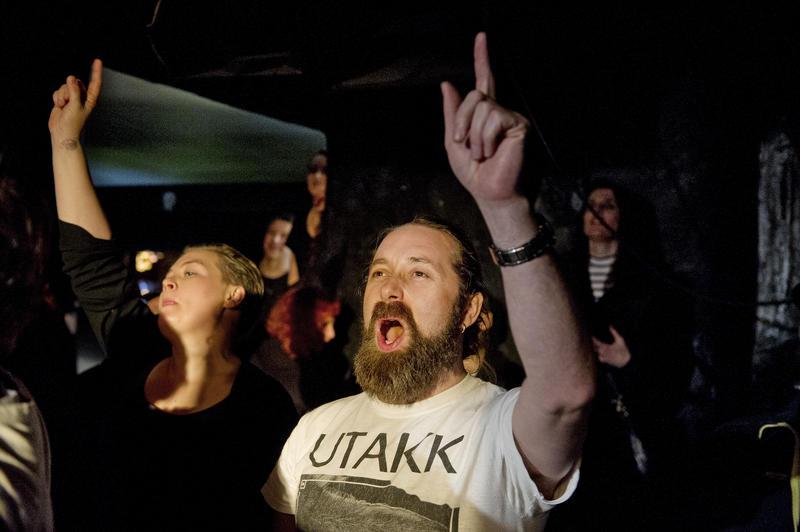 Publikum på El Regn-konsert. Foto Helge Skodvin. (Foto/Photo)