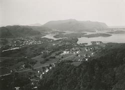 Utsikt fra Blindheimsfjellet med retning sørvest mot Vegsund