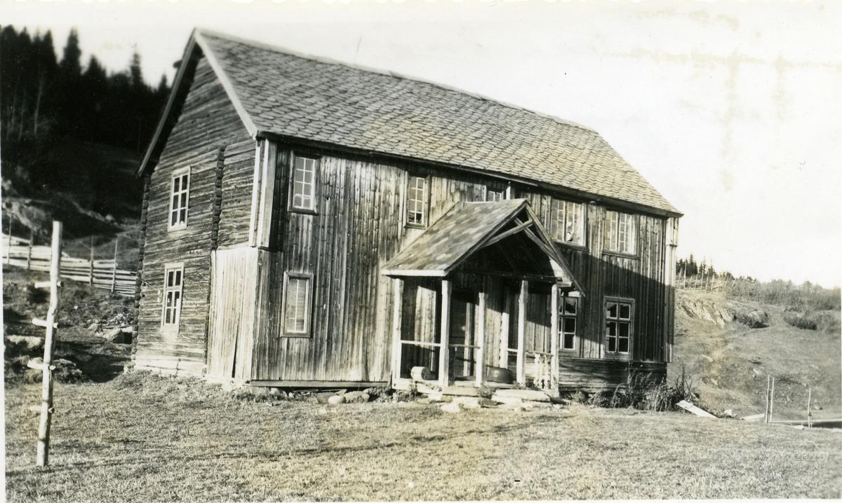 Det gamle våningshuset i Solbrekka, Etnedal.