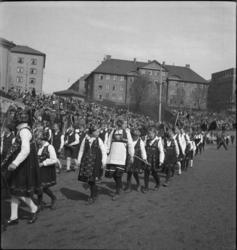 1. Mai 1932 på Dælenenga i Oslo. Medlemmer fra Barnelagene i