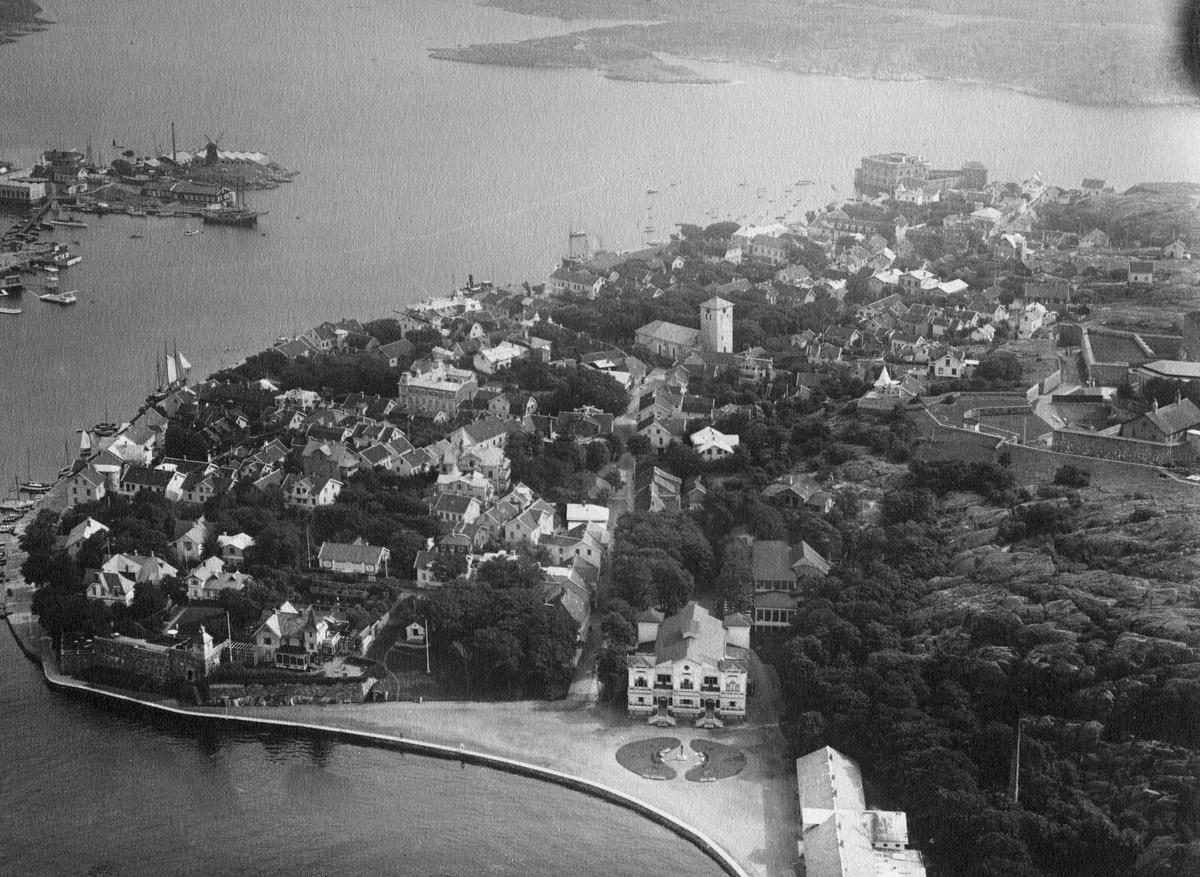 Flygfoto över Marstrand.