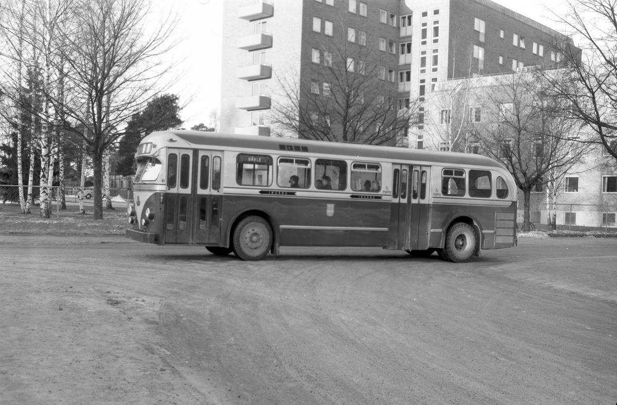 Den 10 januari 1957. Bil & Buss. Buss.
