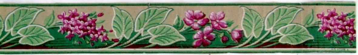 Återkommande blombuketter omväxlande med utsträckta blad. Tryck i vitt, rosa och chokladbrunt samt i två ljusgröna nyanser. Ofärgat papper. Liten kant upp- /nedtill.