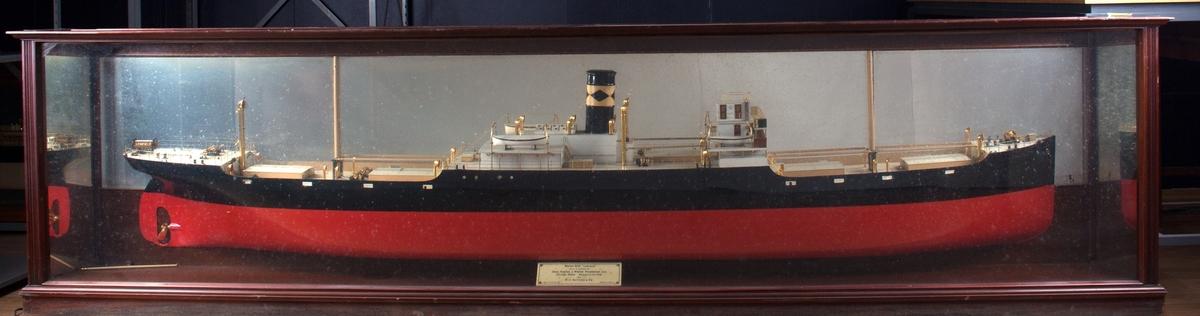 Halvmodell av MS LENDA (LENFIELD) i originalt monter med speil. Målestokk 1:48