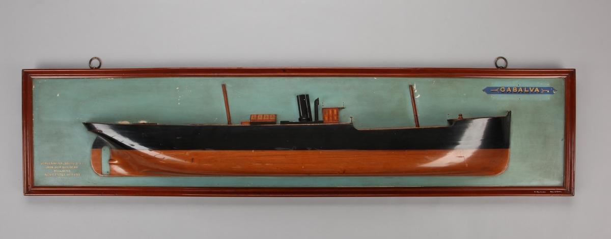 Halvmodell  av DS GABALVA senere BRATTEN montert på treplate.