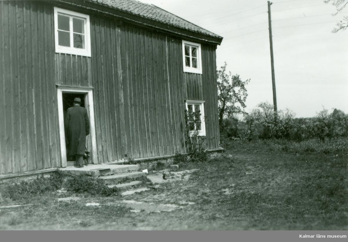 Gamla fattighuset i Torslunda. Hembygdsgård sedan 1940-talet och restaurerat 1951.