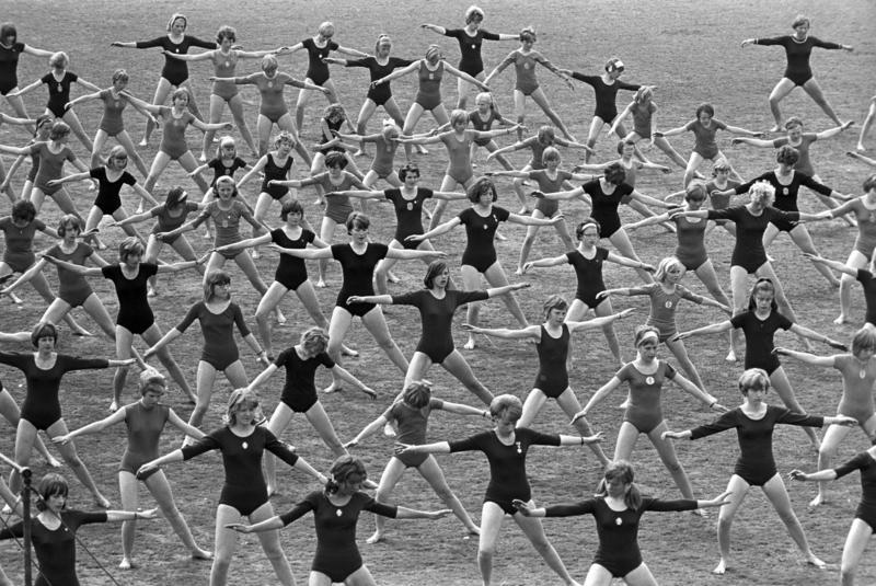 Turnstevne for barn og ungdom på Bislett stadion. Fotografert mai 1968. (Foto/Photo)