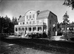 """Karlsborg, Järnvägshotellet senare """"Gästis"""", byggt 1924, rev"""