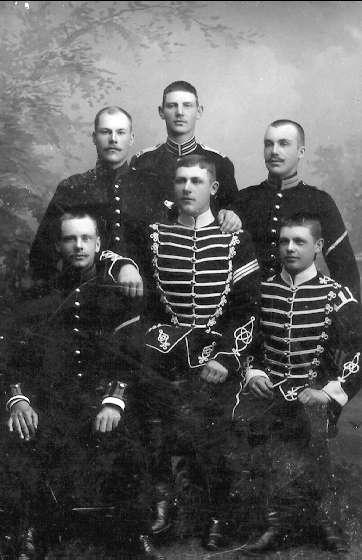 Porträtt av okända män. Foto: Axel Sjöberg, Karlsborg.