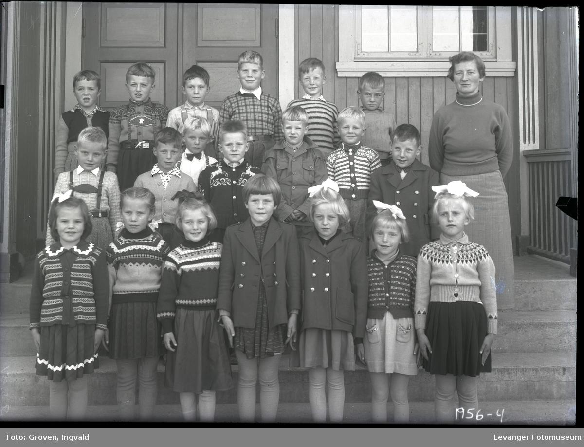 Skolebilde fra folkeskole, Lysaker skole.