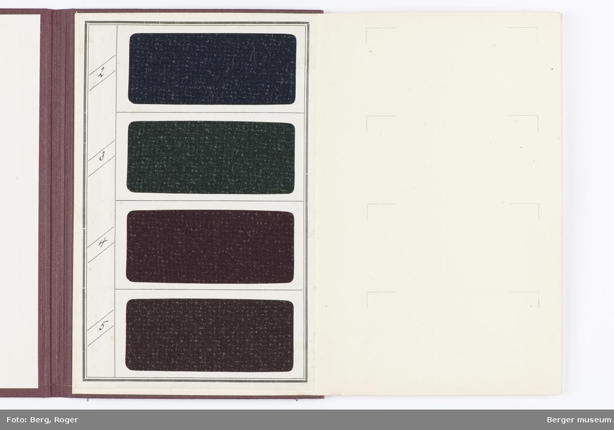 En prøvebok over metervarer til bekledningsstoff. Samme design og 4 farger. Garnet er melert med litt hvitt.