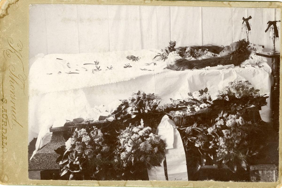 Likskue. Ragnhild Knutsen, Sør-Aurdal