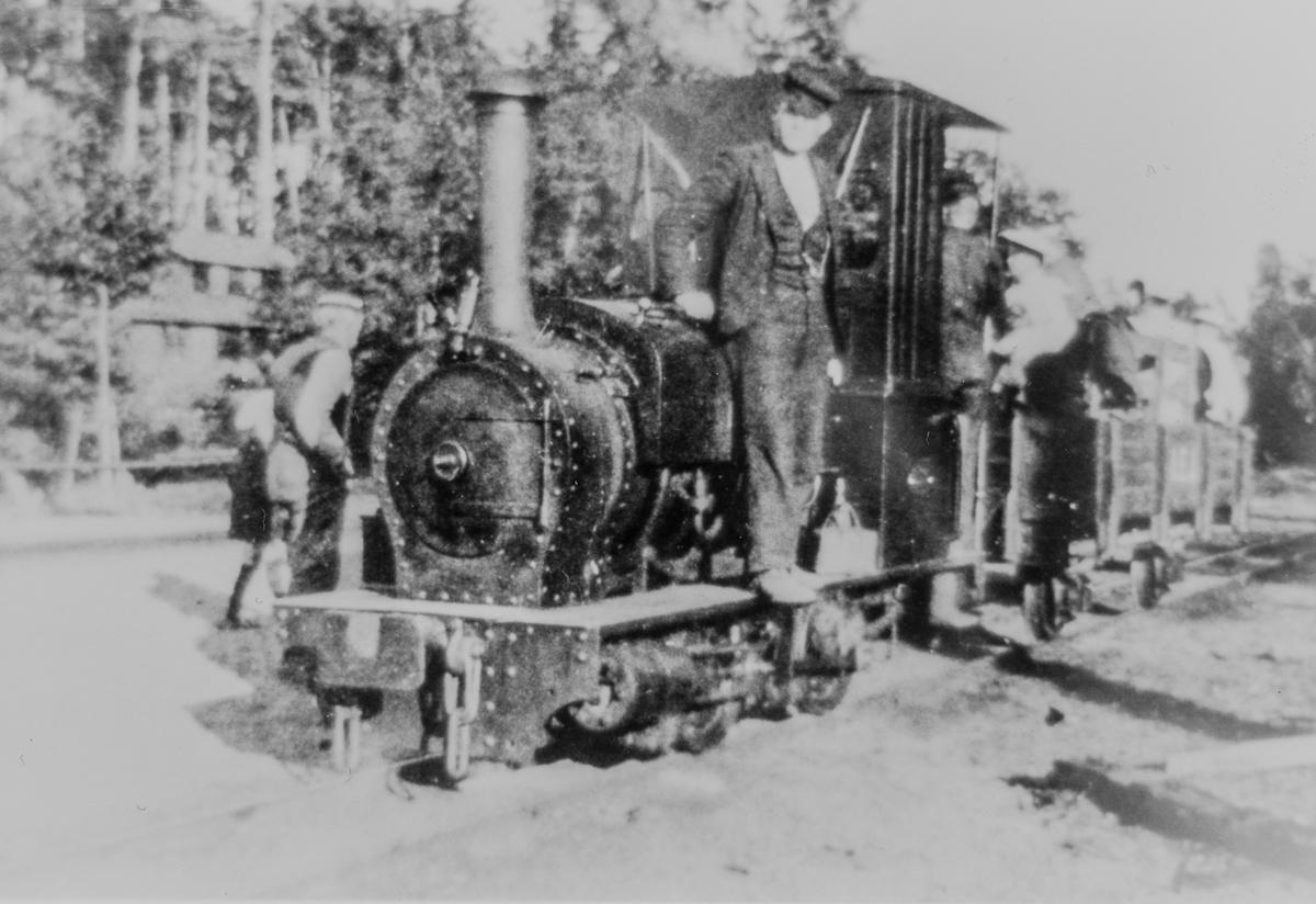 Bøylestad gruvers lokomotiv Lilly, her i drift på Nâttraby-Alnaryd-Elmeboda Järnväg i Sverige.