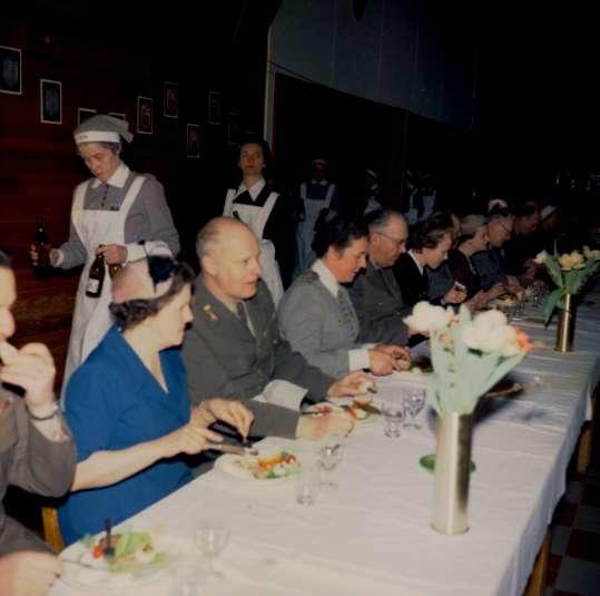 Avslutningsceremoni, LV 1, 1961. Endast neg finns.