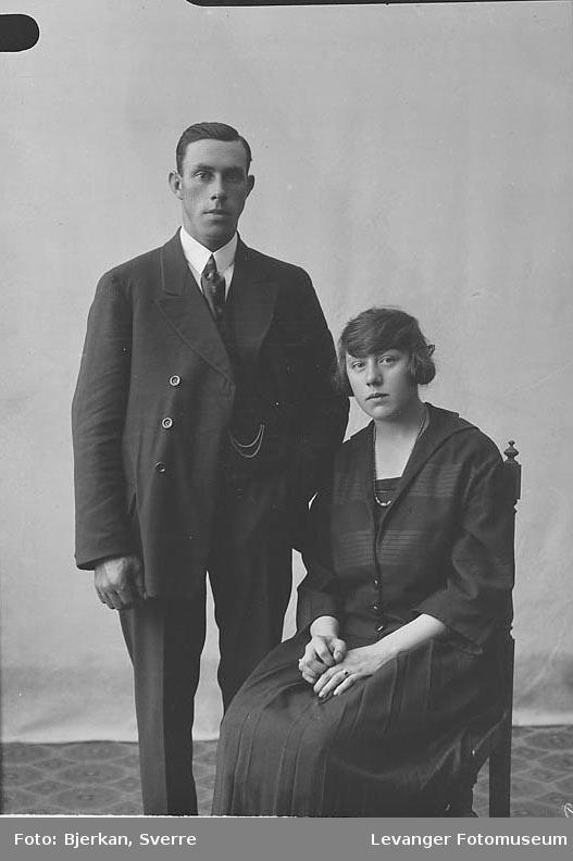 Portrett av Ruth Berg og Oskar Nordenborg.