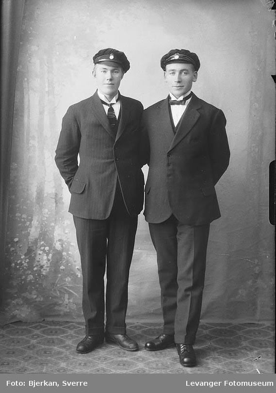 Portrett av to menn, J. Selnes den andre er ukjent.