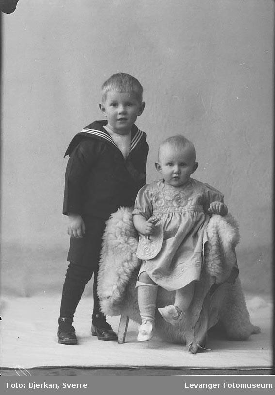 Portrett av to brødremerket Kugberg.
