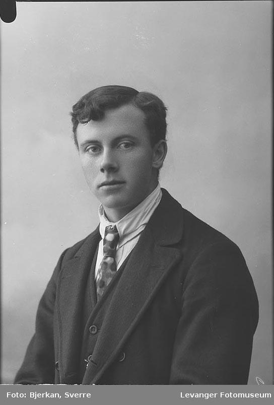 Portrett av Alfred Augdal