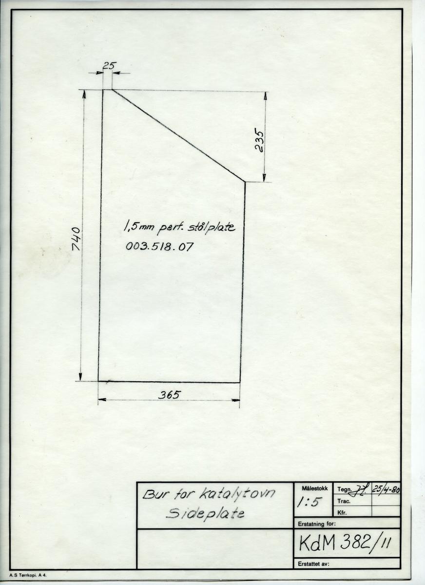 Håndtegnet arbeidstegning til sideplate til bur for katalytovn, Utarbeidet på Krossen i 1980. Tegningsnummer KdM 382/11